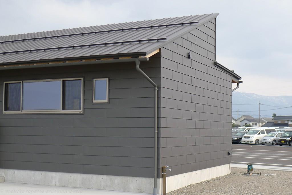 南砺市の家 ガルバリウム屋根