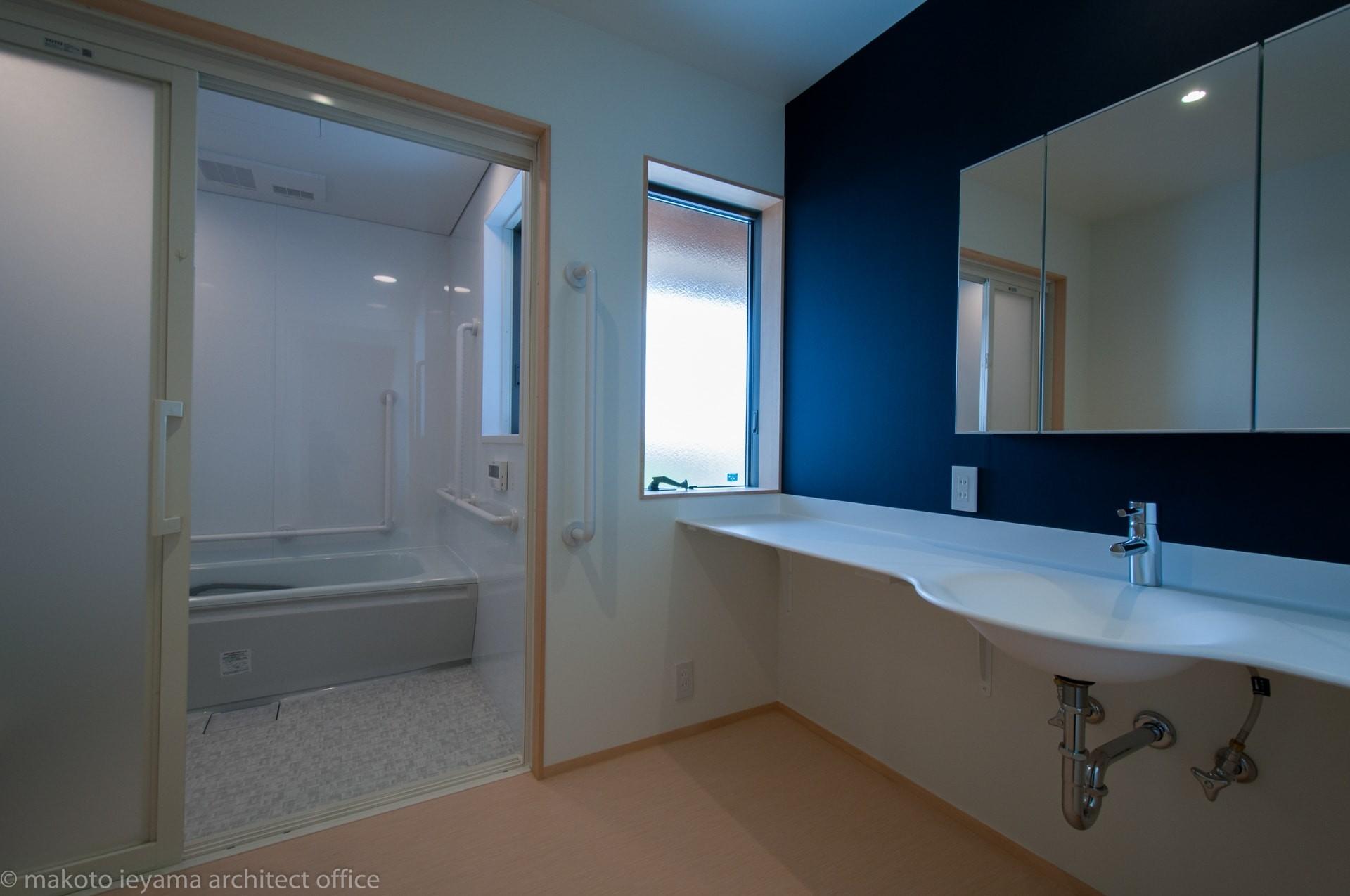 南砺市の家 洗面所