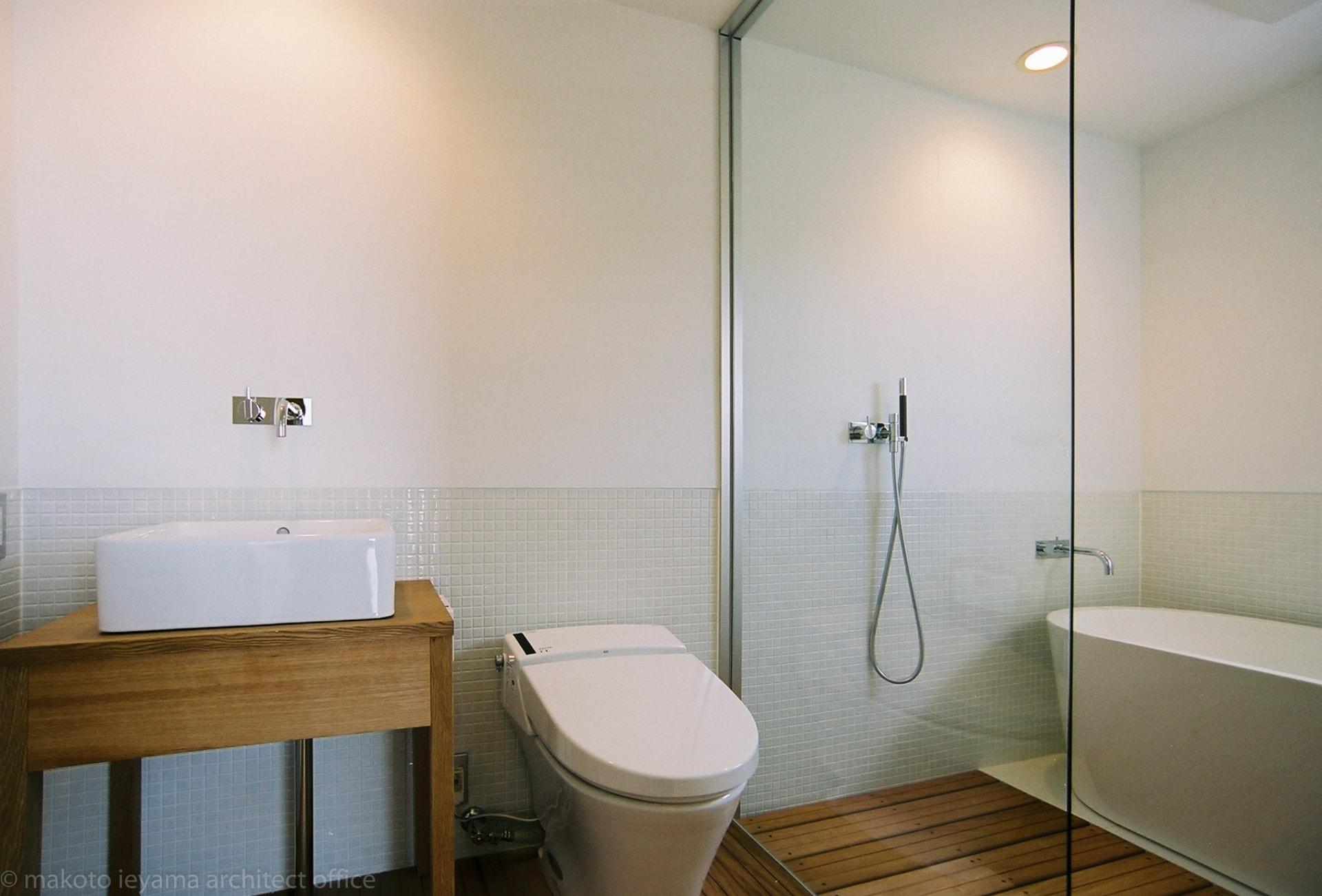大桑のゲストハウス 洗面所