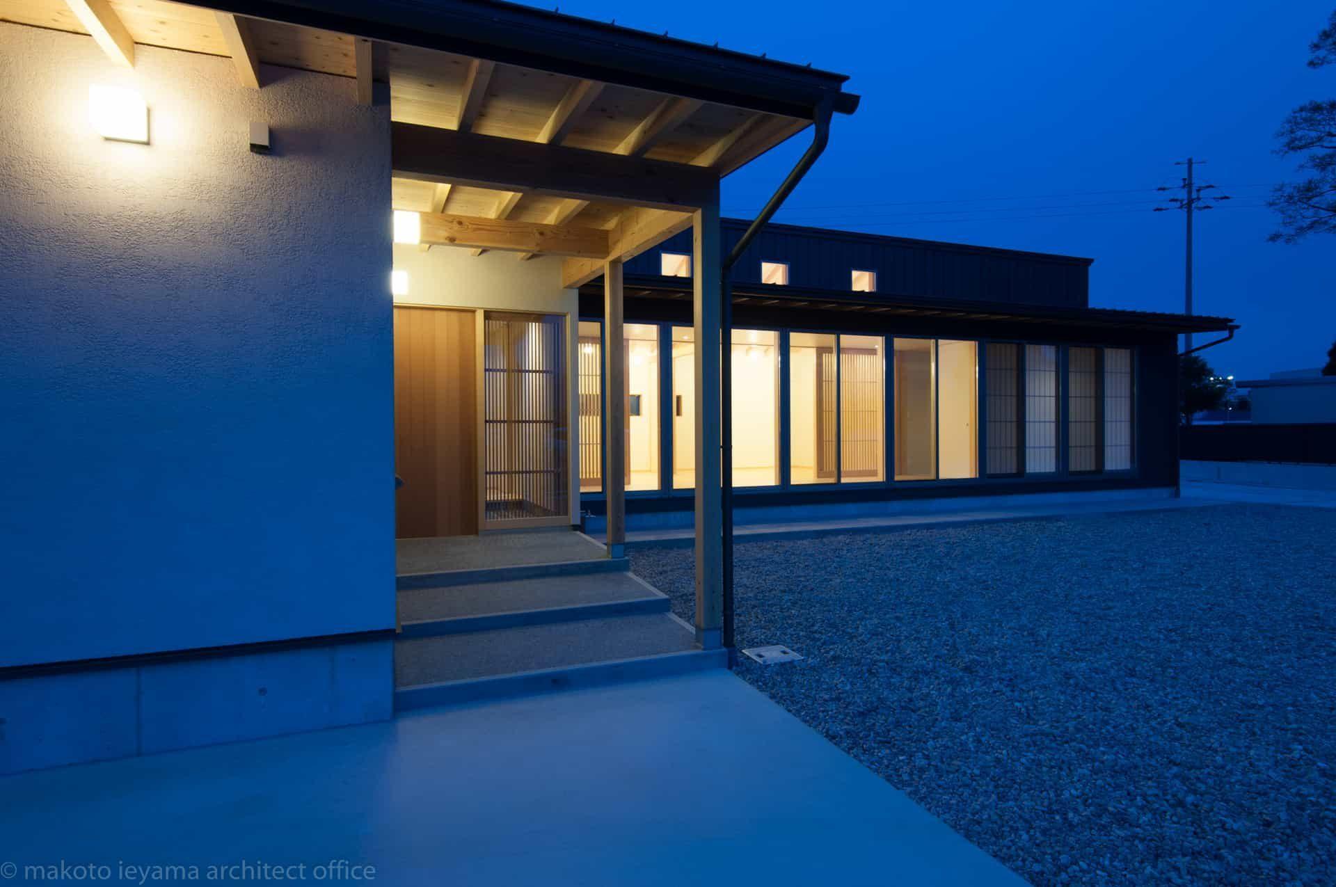 南砺市の家 外部照明