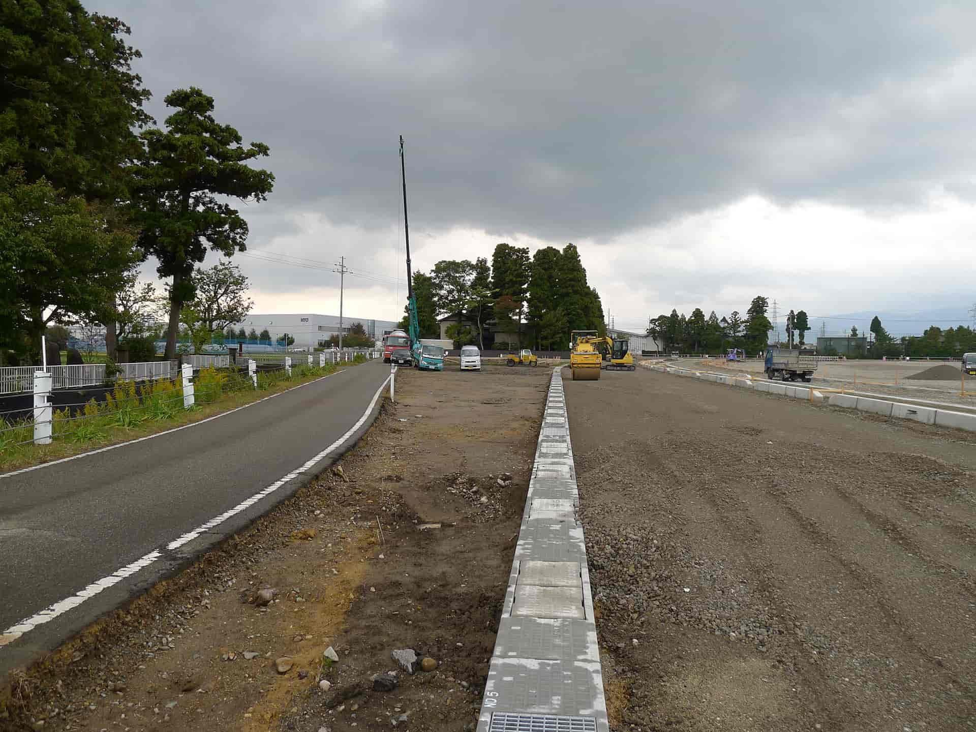 南砺市の家 道路工事