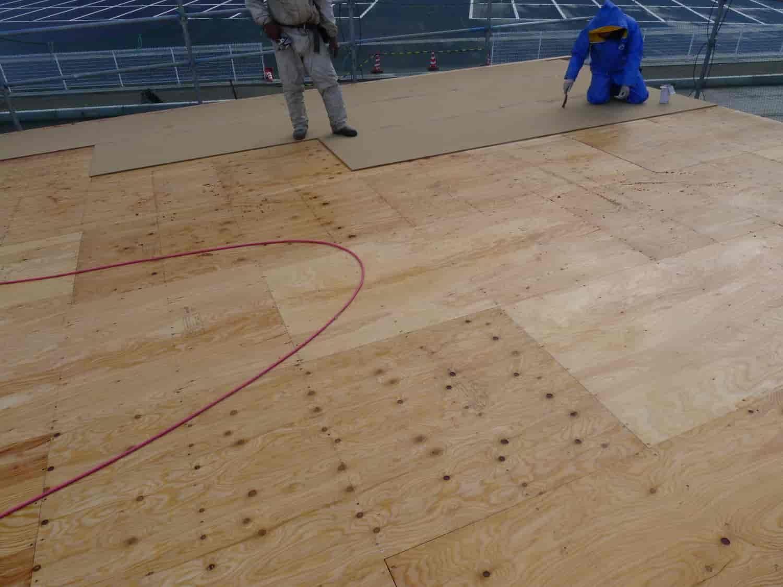 野地板 合板とインシュレーションボード