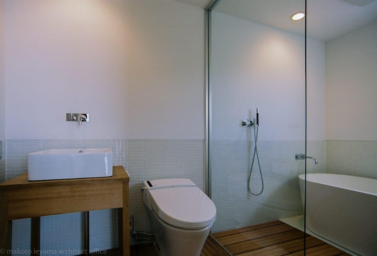 大桑のゲストハウス 浴室