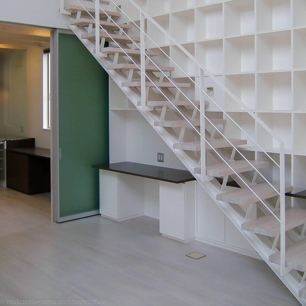 階段 H形鋼のささら