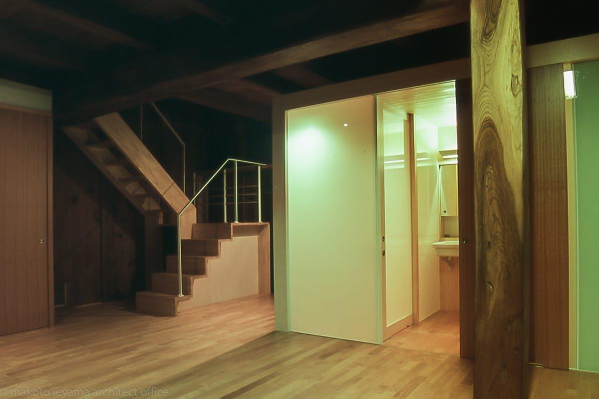 階段 木製ささら 箱形階段