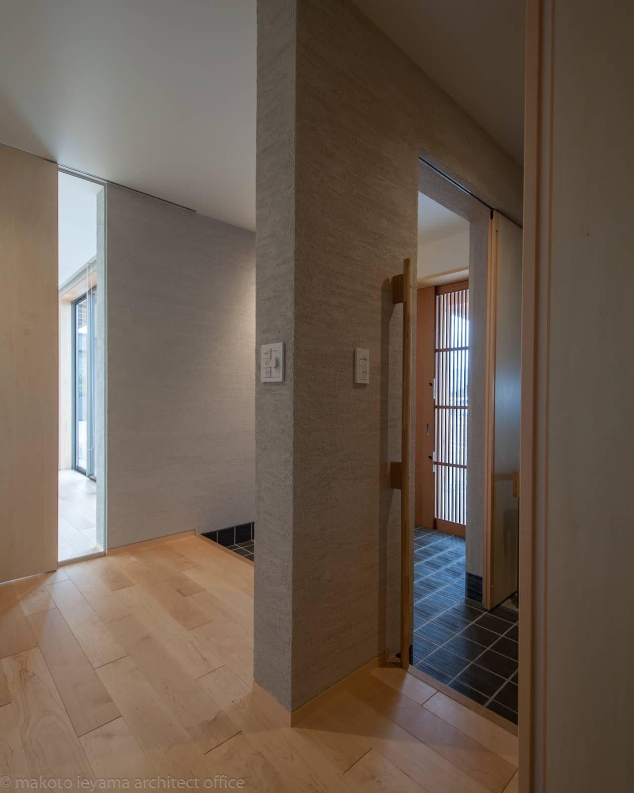 南砺市の家 内玄関と玄関ホール
